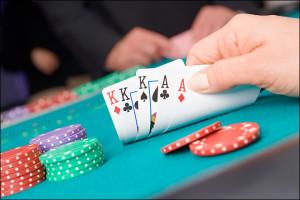 120103_poker_gambling_2